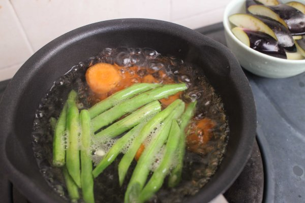 簡化版築前煮做法4